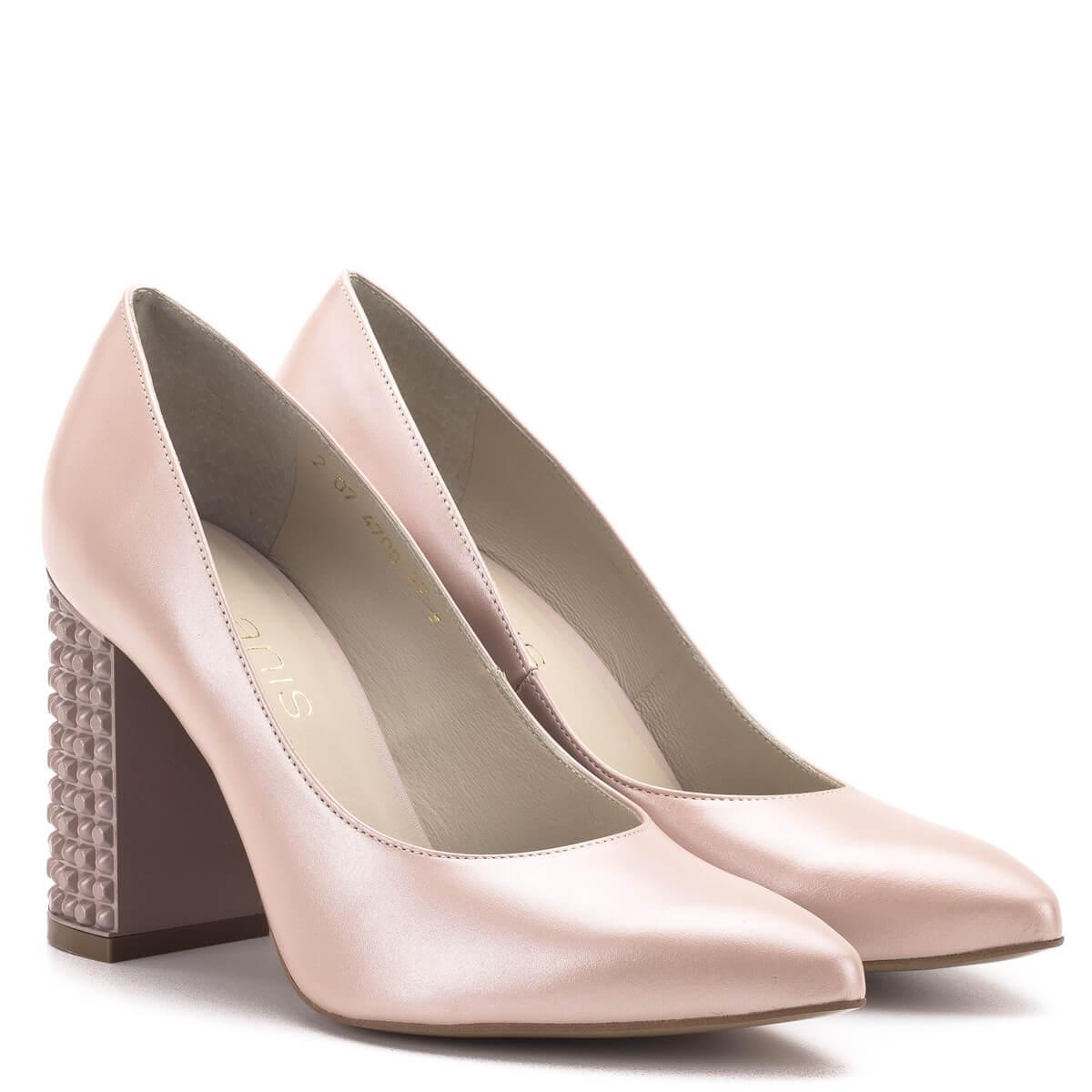 6e2a6e017d Anis cipő 9 centis sarokkal, rózsaszín színben. A cipő orra nyújtott, sarka  vastag ...