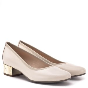 e3b05bce9a Bioeco cipő arany színű 3,5 cm-es sarokkal. A cipő alapszíne bézs