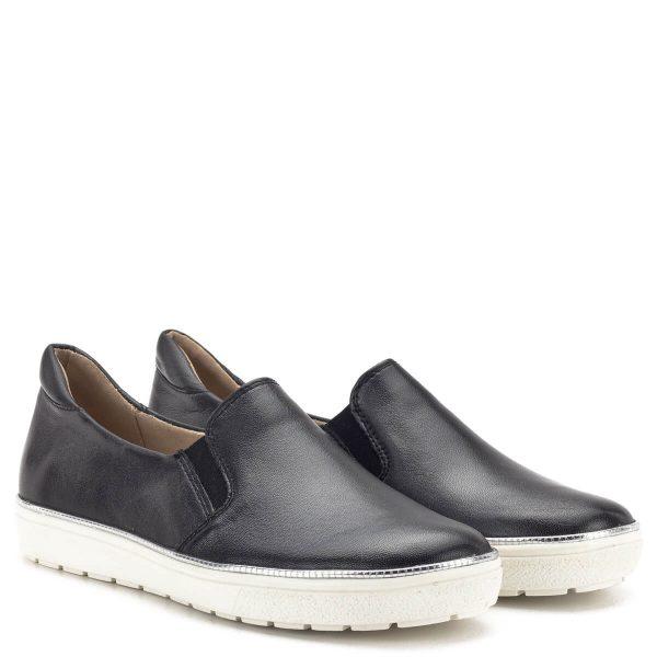 Caprice cipő fehér gumi talppal, fekete bőr felsőrésszel és bőr béléssel. A könnyed slipon tavasztól őszig kiváló viselet - Caprice 9-24662-22 016