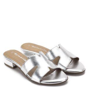 97bea9088a Tamaris papucs ezüst színben, puha memóriahabos talpbéléssel. Kényelmes,  enyhén emelt sarka egész napra