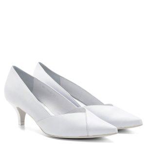 Anis cipő - Törpe tűsarkú Anis cipő hegyes orral. Bőrből, bőr béléssel készült. Elegáns alkalmi cipő, akár esküvőre, menyasszonyoknak is ajánljuk, sarka 4,5 cm magas. - Anis 3656 WHITE SK