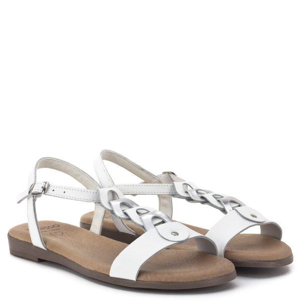 Fehér színű Presso szandál ezüst részekkel kombinálva. A talpbélés bőrből készült, kényelmes szivacsos bélése nagyon kellemes a lábnak. A spanyol Presso új kollekciójának modellje. - Presso 2-3070 BLANCO PLATA