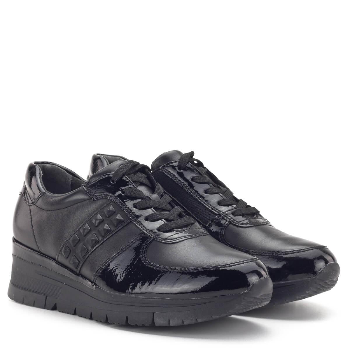Tamaris fekete lakk fűzős cipő