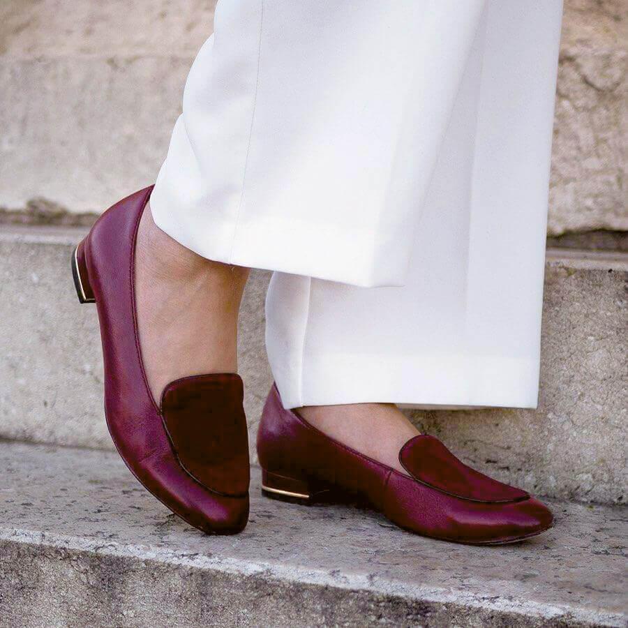Tamaris trendek 2019 - bordó cipő