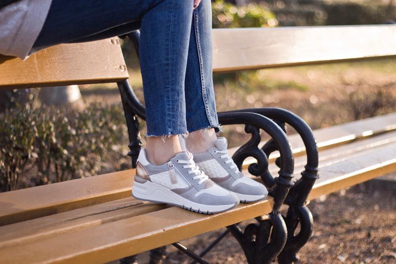 A Sneakers a sportos megjelenést az eleganciával kombinálja