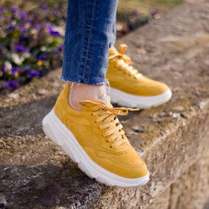Sárga Tamaris sneakers vastag gumi talppal - Tamaris 1-23772-24 602 10
