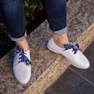 Fehér fűzős Tamaris női cipő lapos talppal, kétféle fűzővel - Tamaris 1-23219-24 100