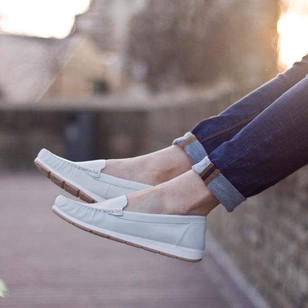 Marco Tozzi mokaszin cipő fehér színben - Marco Tozzi 2-24600-34 100