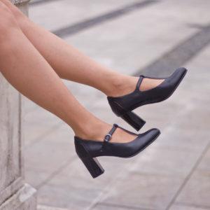Fekete Pántos Jana magassarkú női cipő - Jana 8-24492-24 022 10