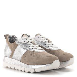Tamaris fűzős sneakers bézs-ezüst színben - Tamaris 1-23747-24 430 1