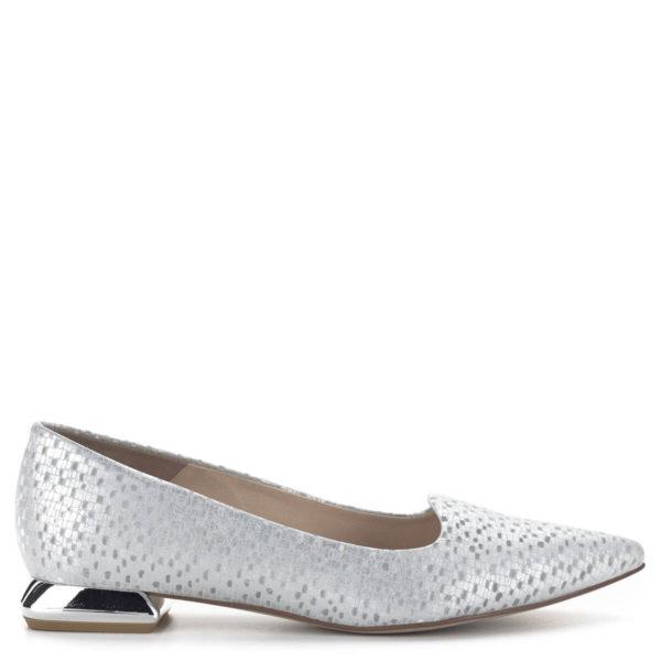 Carla Ricci lapos női alkalmi cipő ezüst színben, különleges sarokkal 3