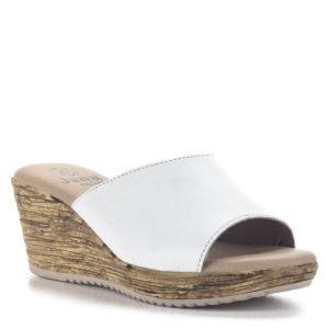 Fehér színű telitalpú Jana papucs bőrből, G szélességű talppal. Sarka 6,5 cm magas, talpa 2,5 cm vastagságú. - Női papucs - Jana 8-27229-34 100